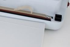 ヒーター線・テフロンテープの交換はお客様自身によりドライバーで簡単に交換できます。