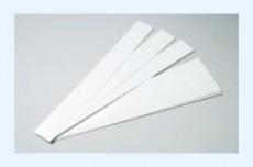 器具本体部の受皿に簡単にセットできる片面粘着シートです。より清潔にお使いいただけます。
