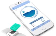 スマートフォンやタブレットにインストールしたアプリで「おむつ」が濡れたかチェックができます。
