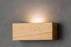 飛騨高山の木製デザイン照明モアレとのコラボで生まれた【hidamari】。木の素材感を活かした3色のカラーバリエーションで、空間の雰囲気、壁の色合いなどにあわせてお選びいただけます。